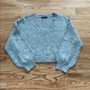 Gray Balloon Sleeve Sweater Size L